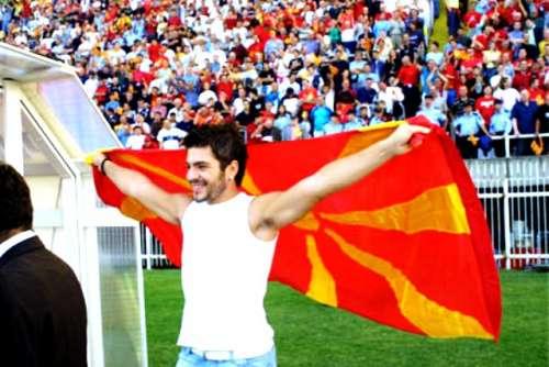 Toshe Proeski sung Makedonija GjP's anthem